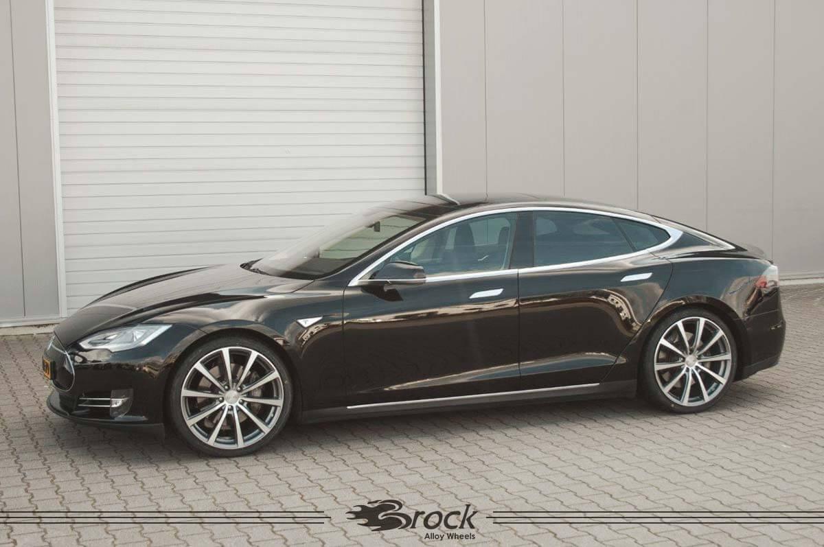 Tesla-Model-S-Brock-B32-9x21-HGVP-2.jpg