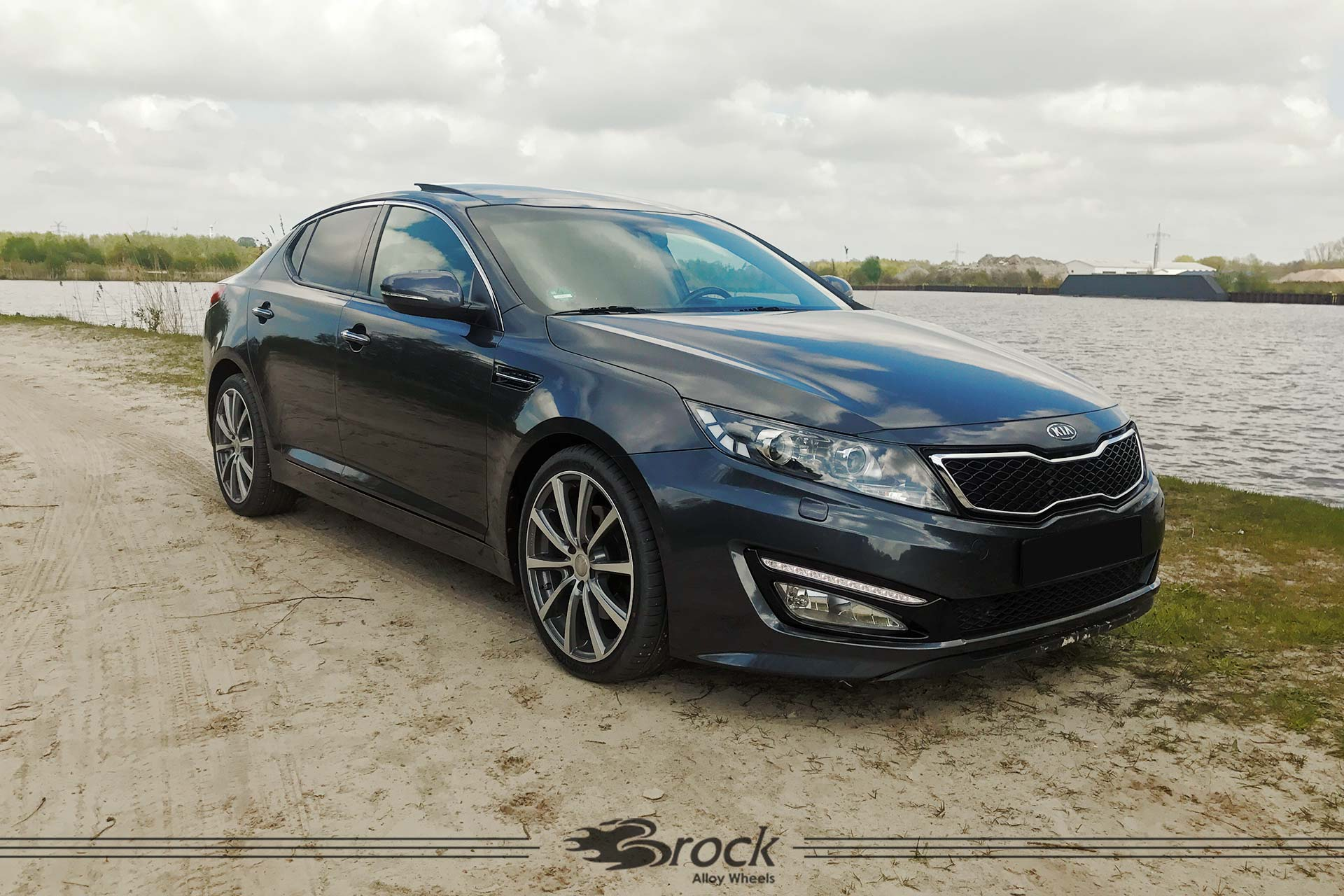 Kia-Optima-TF-Brock-B32-HGVP-7.jpg
